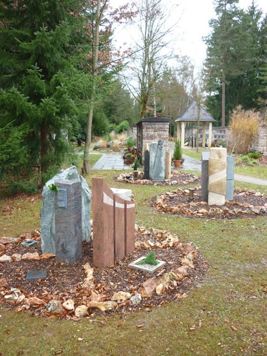Grabstättenkonzept mit pflegeleichten Gräbern - 020
