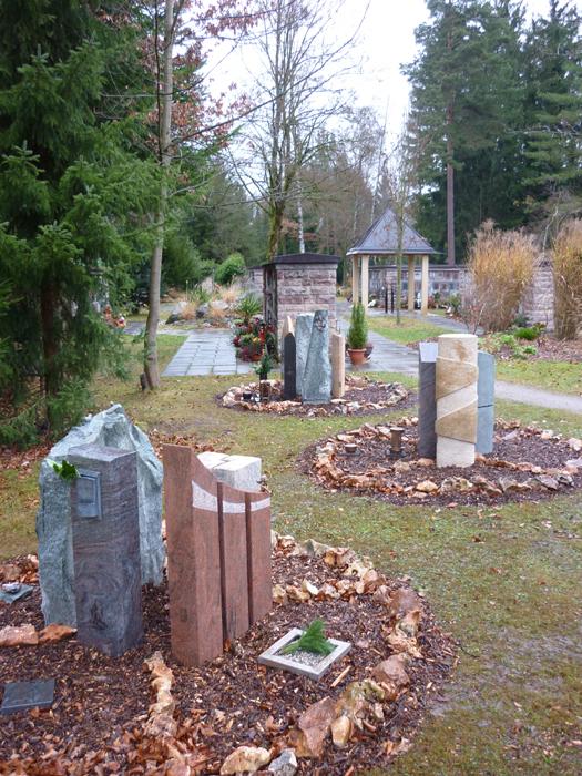 Grabstättenkonzept mit pflegeleichten Gräbern - 022