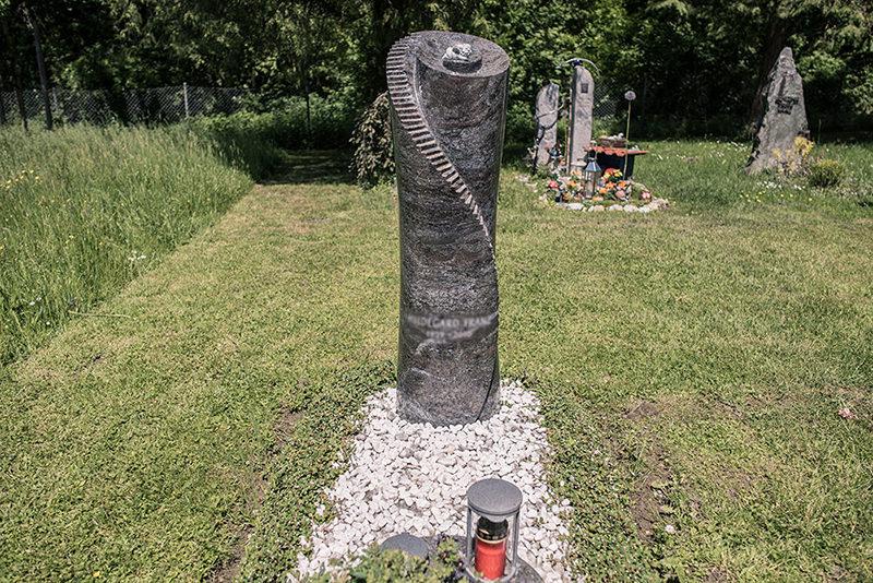 Franke Naturstein - Grabdenkmäler 18