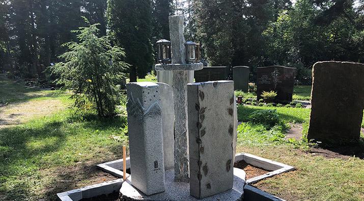 Urnen-Monumente