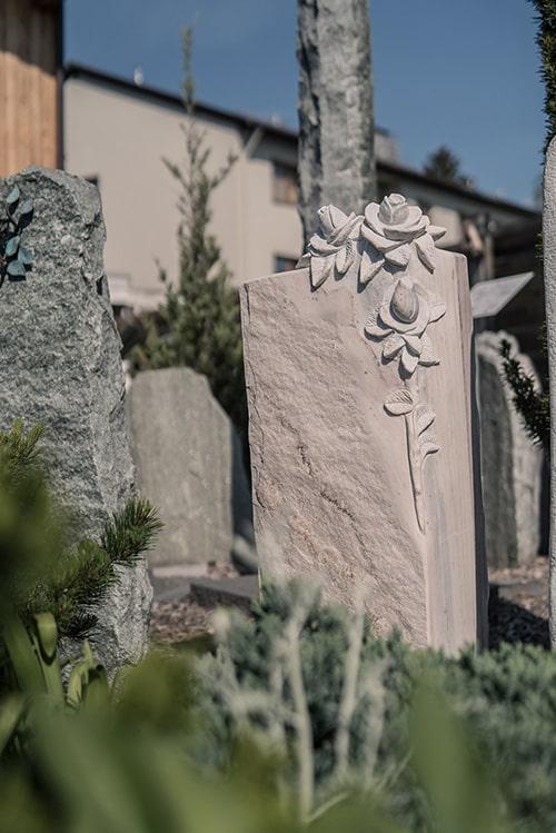 Franke Naturstein - Grabdenkmal 2
