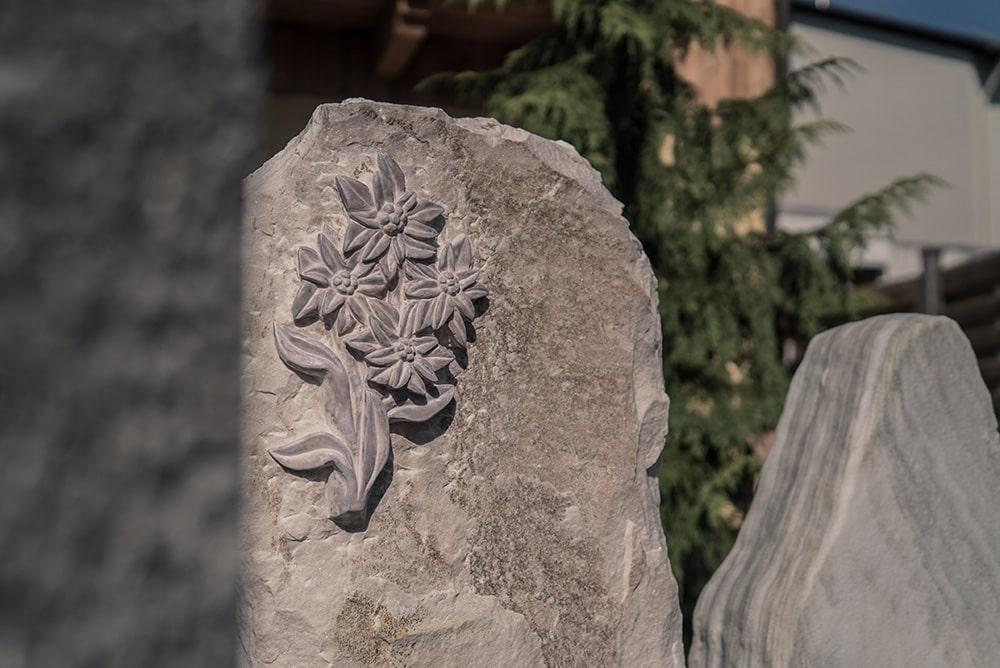Franke Naturstein - Grabdenkmal 3