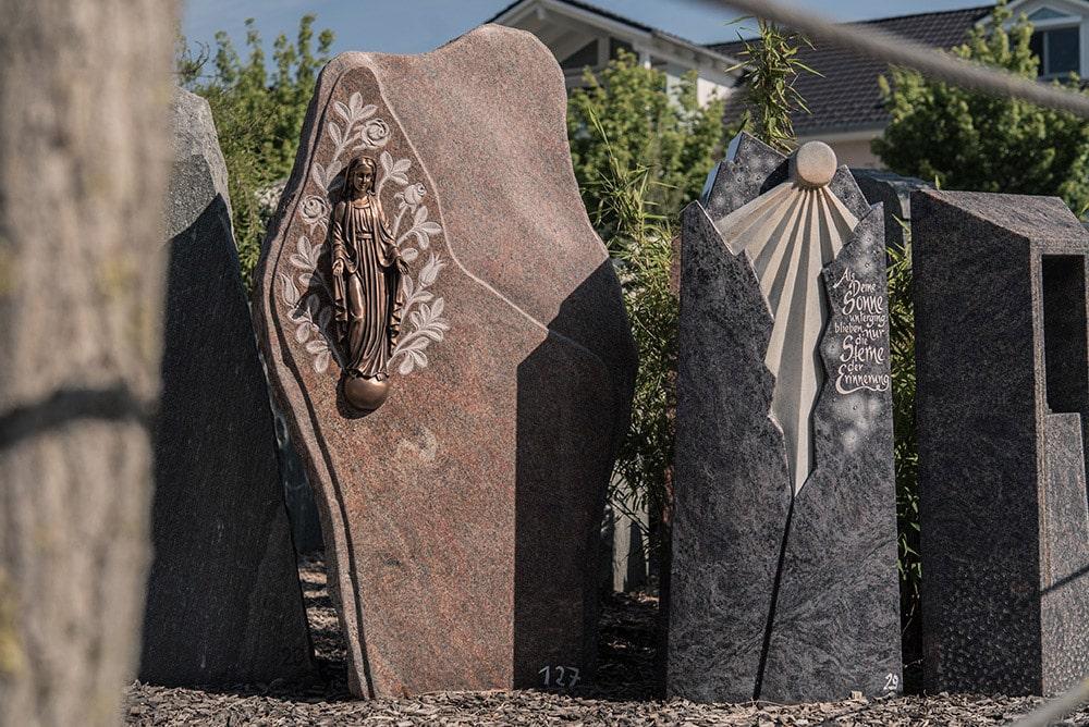 Franke Naturstein - Grabdenkmal 5