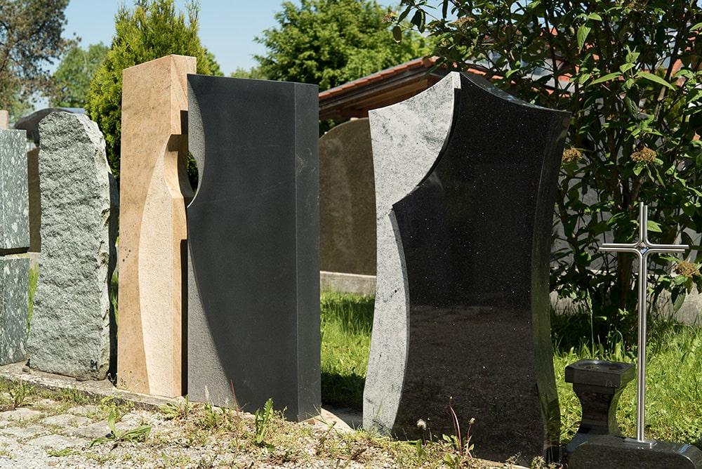 Franke Naturstein - Grabdenkmal 25