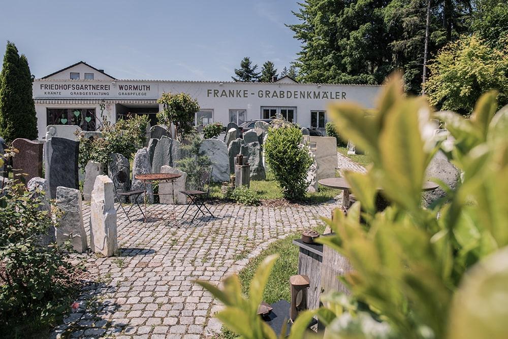 Franke Naturstein Grabdenkmäler Ausstellung 13