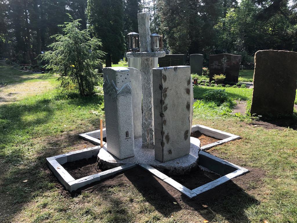 Neue Wege bei der Urnenbestattung von Steinmetz für Dorfen und Umgebung
